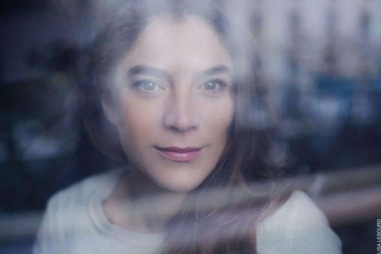 Isabelle Seleskovitch portrait chanteuse comédienne Paris
